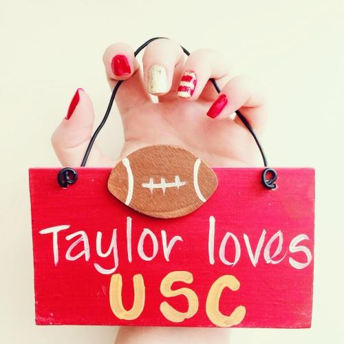 USC Inspired Nail Art