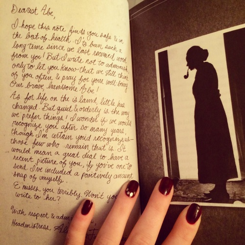 Miss Peregrine's Inspired Manicure // Novels and Nail Polish
