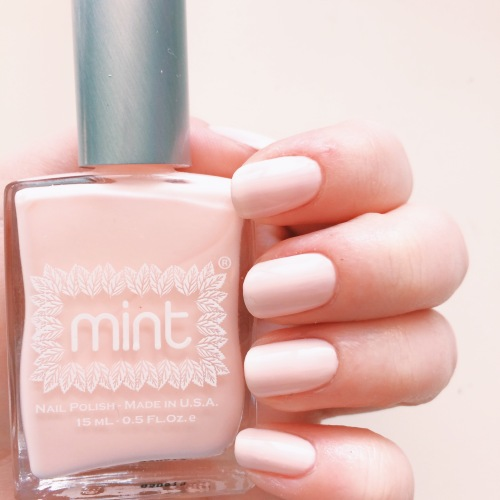 Mint Polish I Do // Novels and Nail Polish