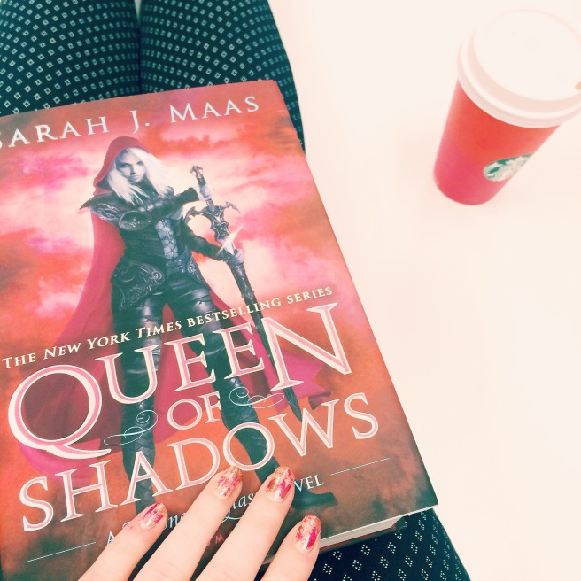 Queen of Shadows cover-inspired manicure // Novels and Nail Polish