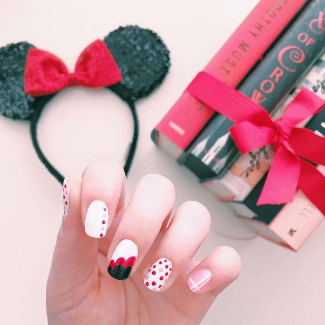 Rock The Polka Dots Minnie Mouse Nail Art Novels And Nail Polish